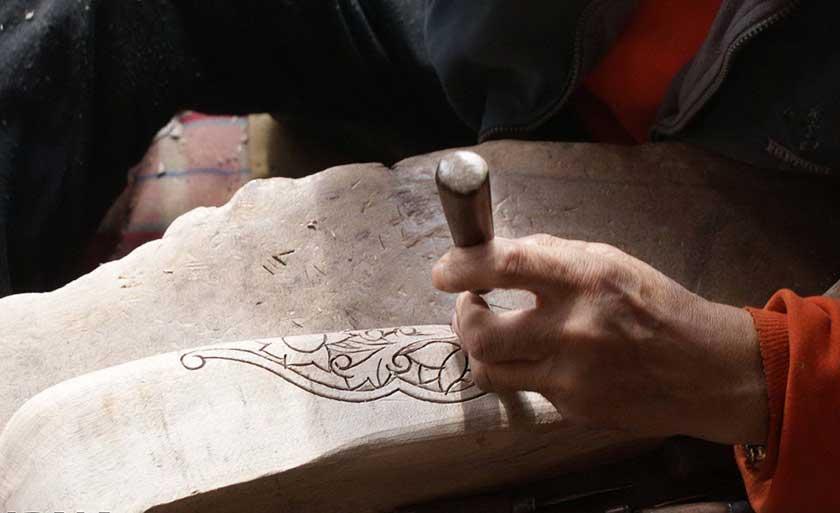 wood carving-IsfahanInfo